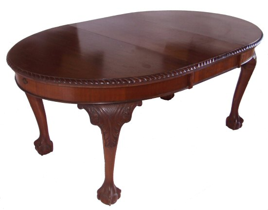 Edwardian 6 seater ball and claw dining table