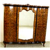 Stunning Italian Venetian,veneered burr walnut antique armoire